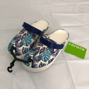 Crocs Calypso Blue Design